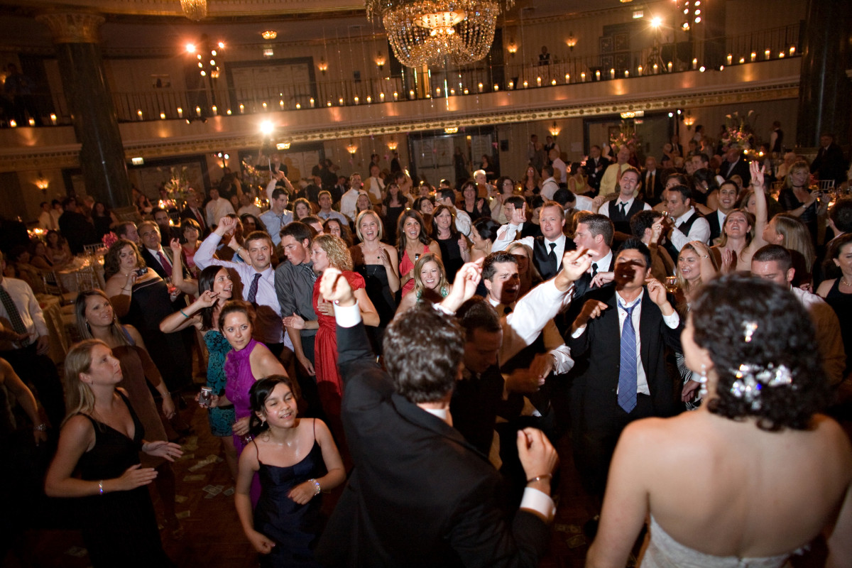 Odea-Entertainment-Wedding-DJ-Event-Chicago-595