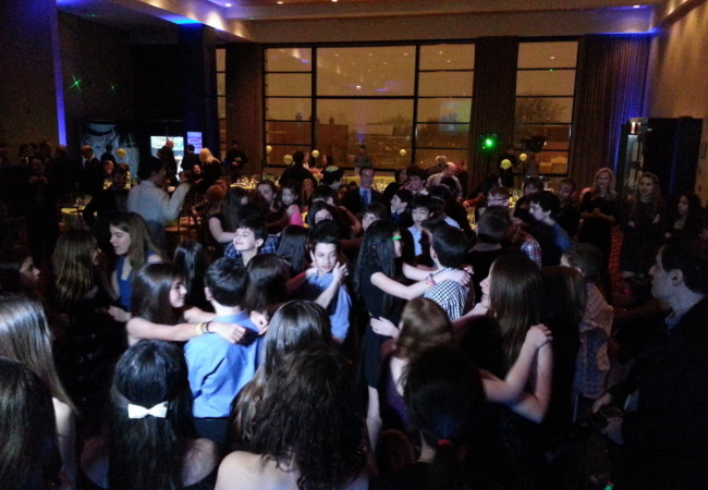 Odea-Entertainment-Mitzvah-DJ-Event-Chicago-614