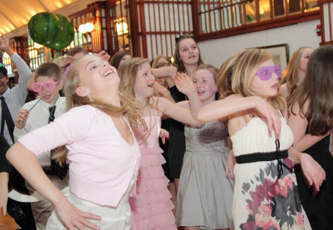 Odea-Entertainment-Mitzvah-DJ-Event-Chicago-619