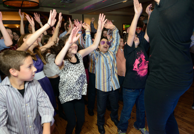 Odea-Entertainment-Mitzvah-DJ-Event-Chicago-625