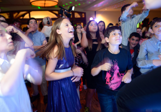 Odea-Entertainment-Mitzvah-DJ-Event-Chicago-626